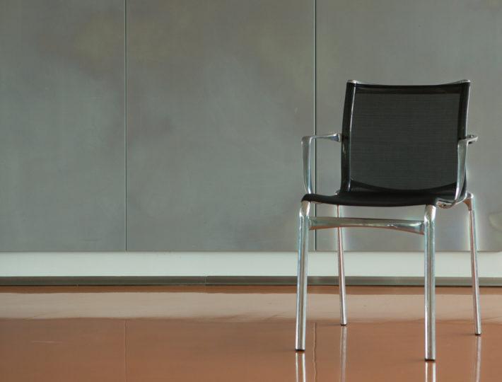 Stuhl-710x540.jpg