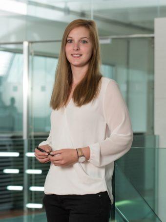 Katharina-Lomsek-3-340x453.jpg