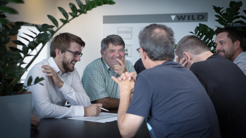 Software-und-Entwicklerteam-der-WILD-Gruppe-1440x810.jpg